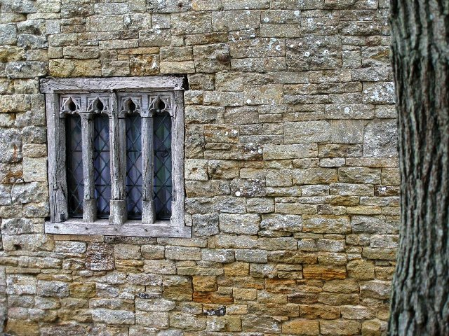 Ancient_window_frame_at_Bailiffscourt_-_geograph.org.uk_-_1571746